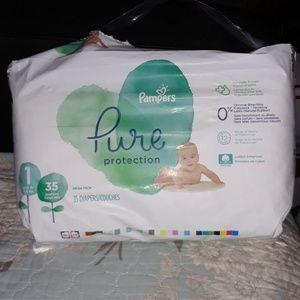 PAMPERS PURE PROTECTION 32 COUNT DIAPERS